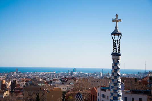 Pour Francesca Bria, directrice de l'innovation de la ville de Barcelone, la collaboration entre cités est nécessaire face aux plates-formes numériques commerciales « qui menacent la souveraineté politique des villes».