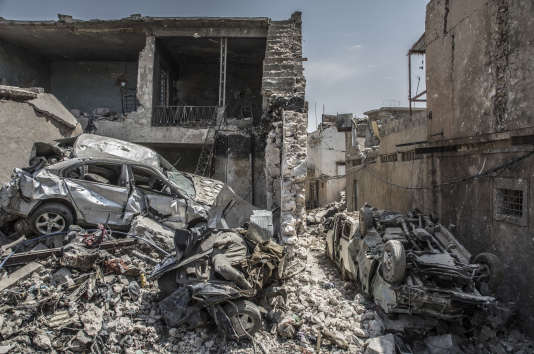 Le conflit a endommagé ou détruit 27 % du parc de logements et environ la moitié des centres médicaux et d'éducation. Dans la vieille ville de Mossoul le 9 juillet.