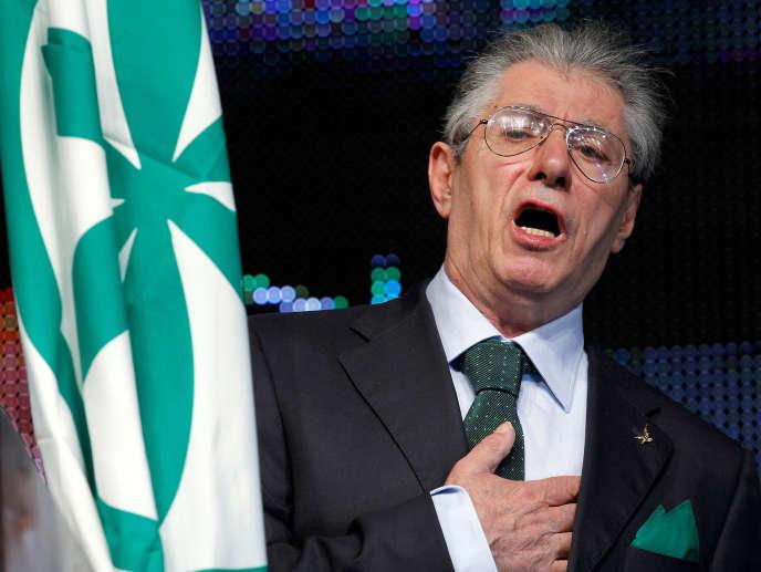Ce scandale avait entraîné la démission de M. Bossi en avril 2012 de son poste de chef de la Ligue.