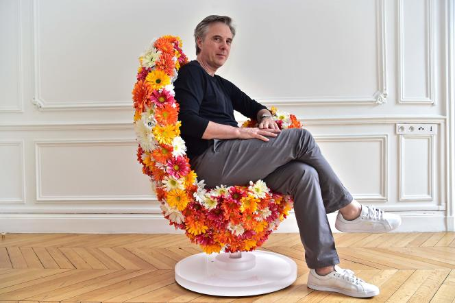 Le nouveau directeur artistique de la maison Lanvin est le petit-fils d'un tailleur et le fils d'un créateur, Ted Lapidus.