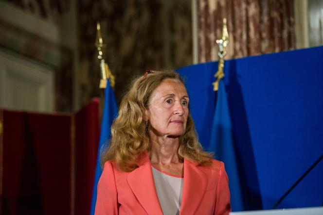 La ministre de la justice, Nicole Belloubet, durant la passation de pouvoirs avec François Bayrou, le 22 juin.