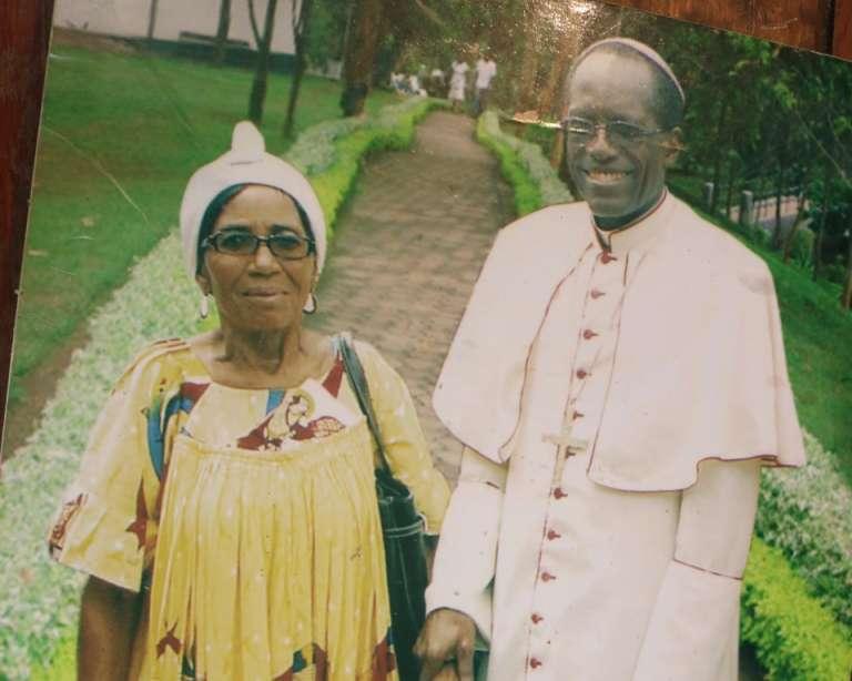 Mgr Jean Marie Benoît Bala était très apprécié des paroissiens qui le décrivent comme un «homme de Dieu irréprochable»,« attentif» et présent.
