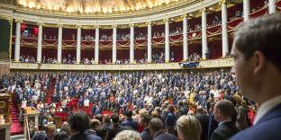 Première séance de la 15e législature, à l'Assemblée nationale à Paris, mardi 27 juin.
