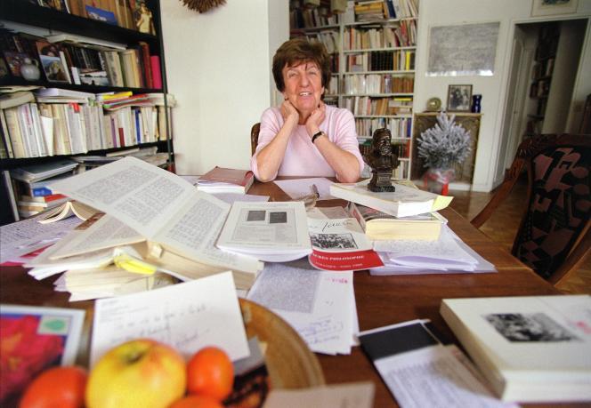Madeleine Rebérioux chez elle, en 2000.