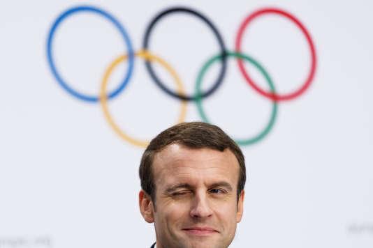 Le président de la République française, Emmanuel Macron, était à Lausanne, le 11 juillet pour soutenir la candidature de Paris avant la décision du CIO sur la double attributionn. (Jean-Christophe Bott/Keystone via AP)
