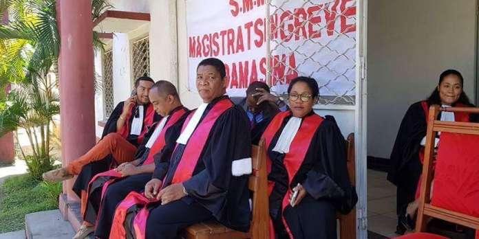 """Résultat de recherche d'images pour """"Madagascar, les juges ne veulent plus recevoir des ordres du pouvoir, 2018"""""""