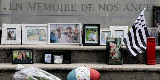 Des messages déposés sur le mémorial de Nice en mémoire des victimes, le 11 juillet.