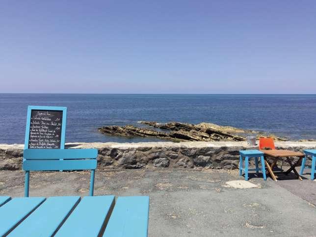 Chipirons, moules farcies, sardines grillées… Au Kostaldea, la cuisine est « frontale», pas spécialement pensée pour les touristes.