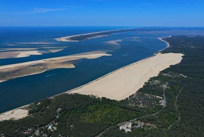 La dune du Pilat (Gironde) est la plus haute d'Europe.