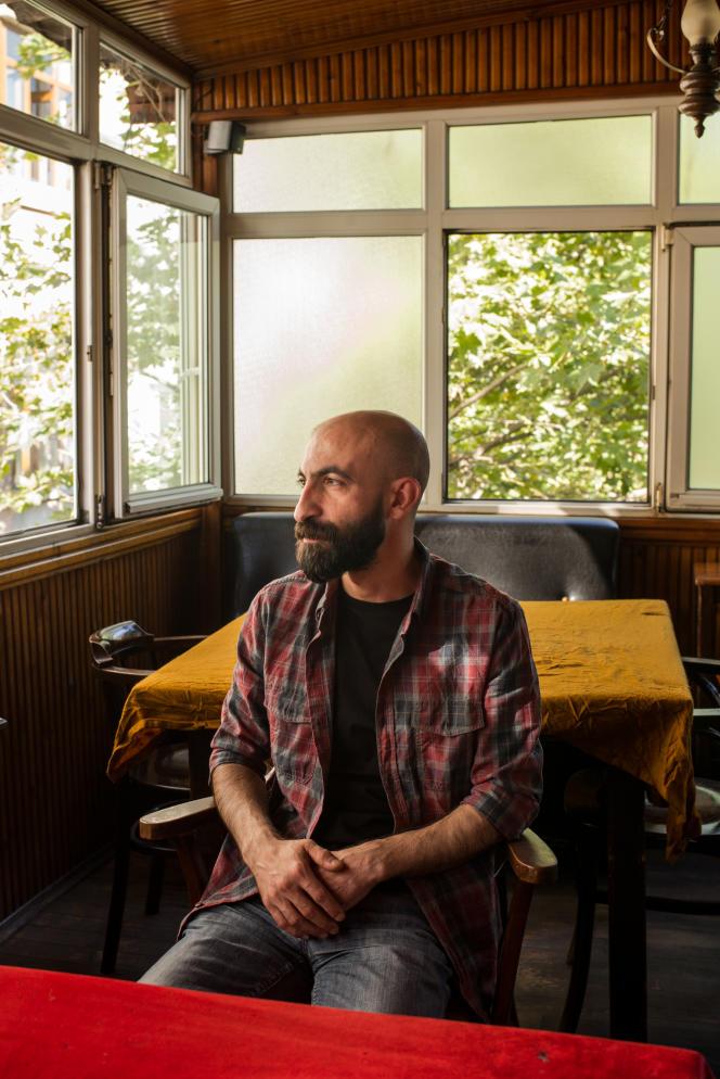 Hasan Kizilkaya, à Istanbul, le 5 juillet. Il est le frère du journaliste emprisonné Inan Kizilkaya, rédacteur en chef du journal Ozgur Gunden, arrêté le 22 août 2016.