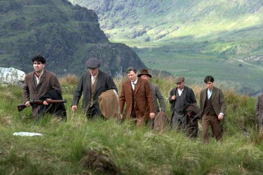 MARTIN DE COGAIN (Sean), SHANE NOTT (Ned), ROGER ALLAM (Sir John Hamilton), KIERAN HEGARTY (Francis), MARTIN LUCEY (Congo), CILLIAN MURPHY (Damien)