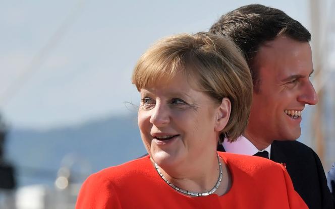 La chancelière fédérale Angela Merkel et le président de la République Emmanuel Macron à Trieste, en Italie, le 12 juillet.
