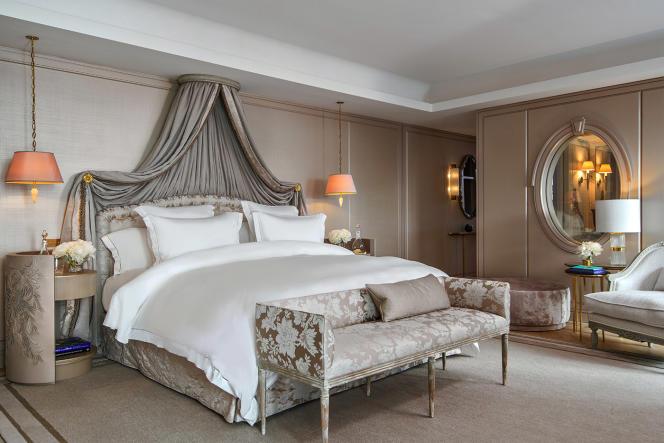 La suite Marie-Antoinette, au deuxième étage, dispose d'une terrasse de près de 40 m2.