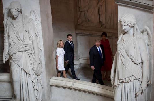 « Vous êtes en grande forme», a déclaré Donald Trump à Brigitte Macon.