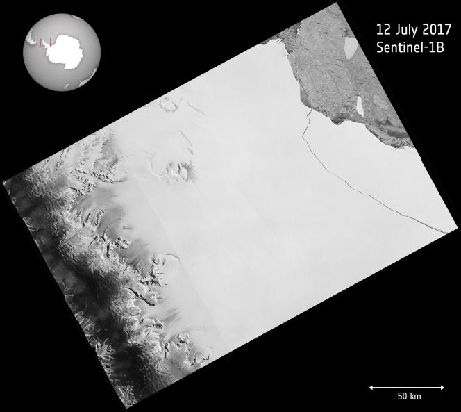 Image satellite prise le 12 juillet fournie par l'Agence spatiale européenne, montrant qu'une partie de la barrière de Larsen s'est détachée.
