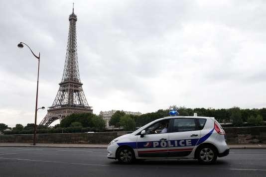 A Paris, le 13 juillet.