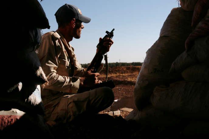 Un combattant de l'Armée syrienne libre, à Deraa, le 14 juillet 2017.