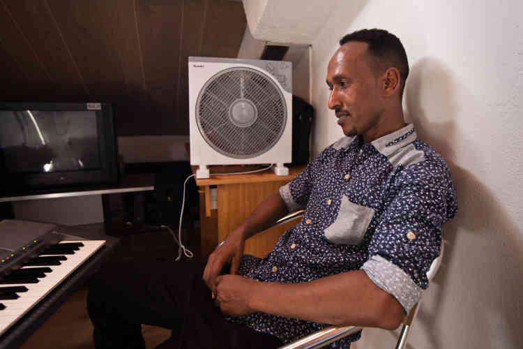 Ahmed dans son studio, le 23 juin 2017.