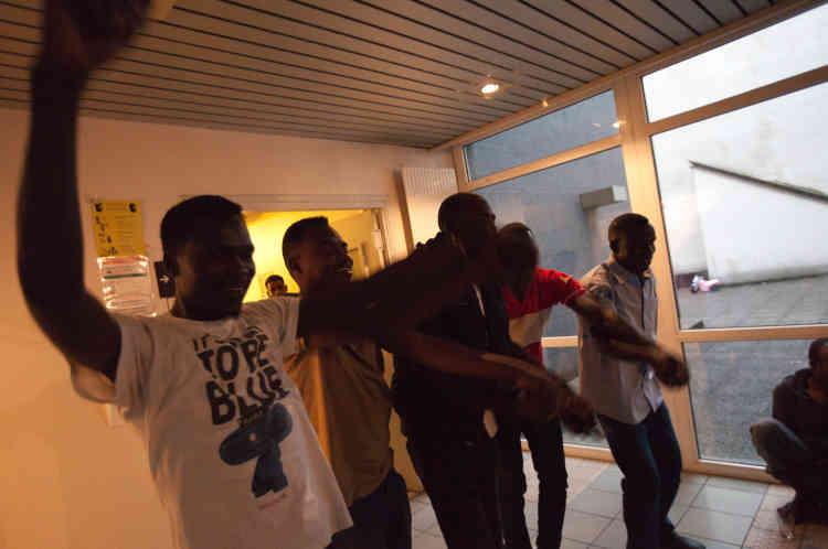 Les Soudan Célestins Music saluent leur public.