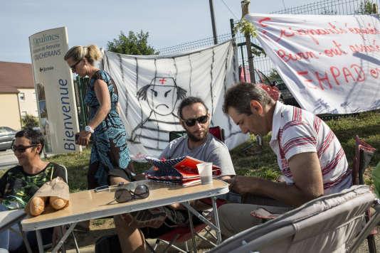 Le 16 juin, à l'Ehpad des Opalines à Foucherans (Jura). Une partie du personnel était en grève depuis le 3avril.