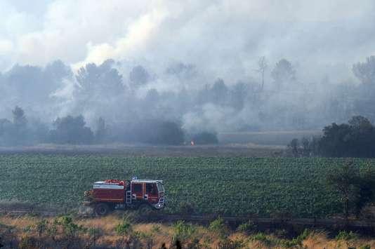 Incendie de Saint-Cannat, près d'Aix-en-Provence, le 15 juillet.