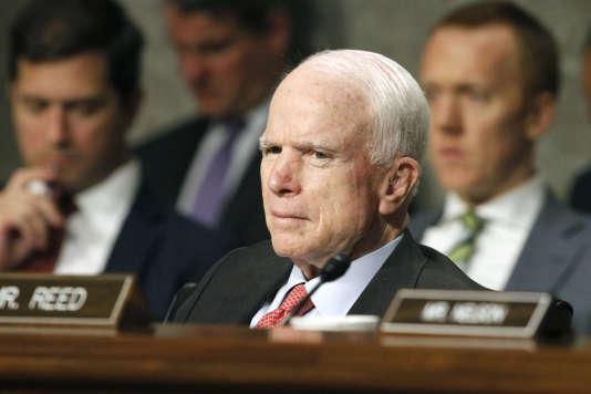John McCain, le 11 juillet au Sénat, à Washington.