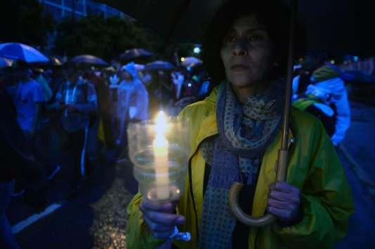 Marche nocturne pour demanderle départ du président Nicolas Maduro,à Caracas (Venezuela), le 13 juillet.
