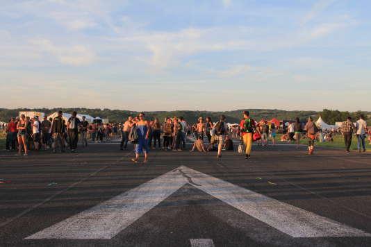 Sur le tarmac de l'aérodrome de Guéret.