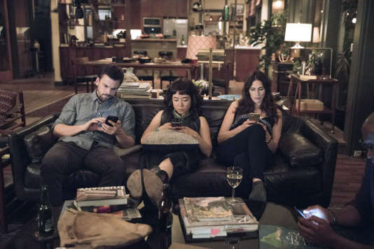 "CASUAL -- ""Rat King"" Episode 307 -- Rae's discovery of a rat in the bathroom sparks a hunt through Alex's house. Leon and Leia's relationship escalates. From left, Alex (Tommy Dewey), Rae (Maya Erskine) and Valerie (Michaela Watkins), shown. (Photo by: Greg Lewis/Hulu)"