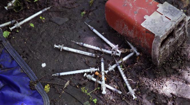 Environ deux millions d'Américains sont désormais dépendants aux opiacés.