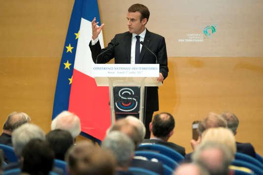 Emmanuel Macron lors de son discours devant les élus locaux, le 17 juillet au Sénat.