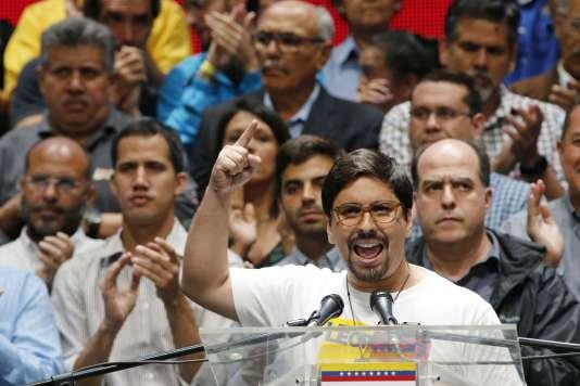 Le vice-président du Parlement vénézuélien, Freddy Guevara, lors d'une conférence de presse àCaracas, le 17 juillet.