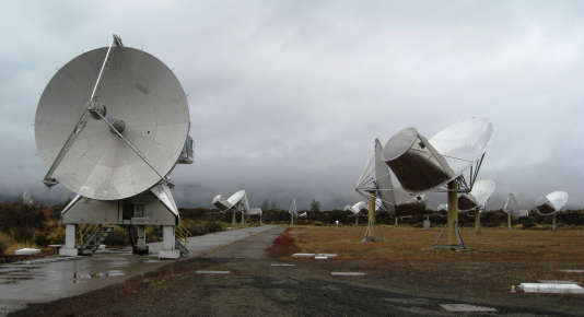 L'Allen Telescope Array, champ d'antennes télescopiques en Californie.