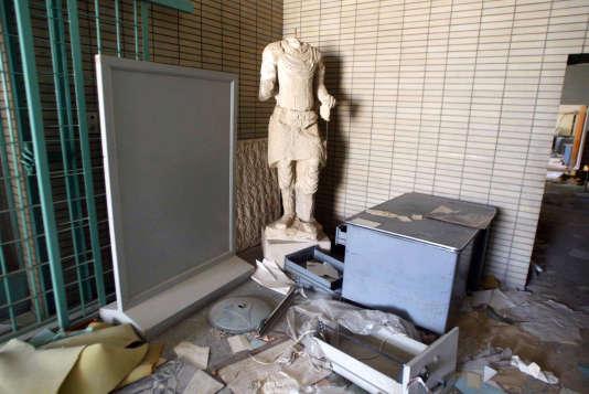 Un musée archéologique pillé, à Bagdad, en avril 2003.