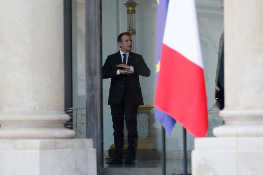 Le président Emmanuel Macron au palais de l'Elysée, à Paris le 16 juillet.