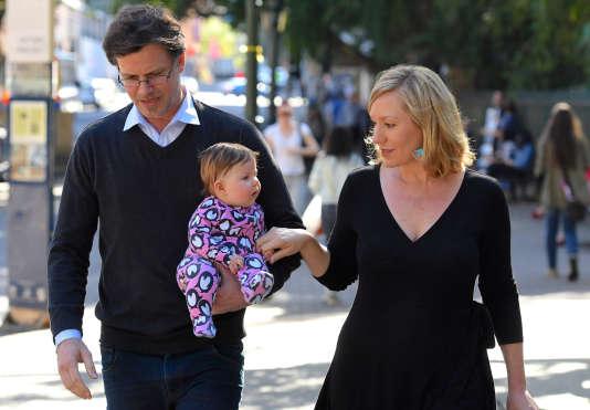 La sénatrice Verte Larissa Waters, le 18 juillet à Brisbane, après avoir démissionné en raison de sa binationalité.