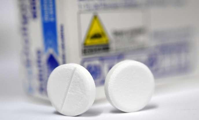 Les médicaments à base de codeine sontdevenues accessibles uniquement sur ordonnance en2017.