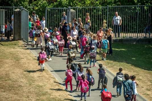 Ecole primaire Paul-Claudel, à Tourcoing, le 26juin.
