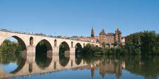 Le Pont-Vieux vous ouvre les portes de Montauban.