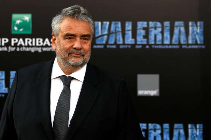 Luc Besson lors de l'avant-première du film «Valérian et la Cité des mille planètes»à Los Angeles, en Californie, le 17 juillet.