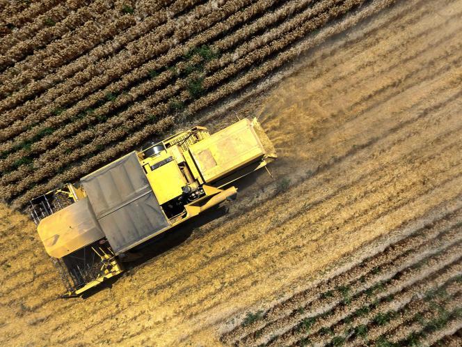 Les premiers états généraux de l'alimentation, inaugurés jeudi 20 juillet à Paris, ont une mission ambitieuse : réconcilier une filière agricole divisée.