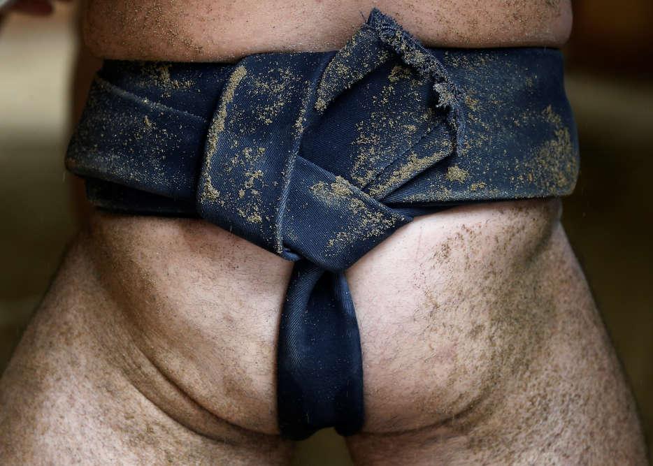 Les écuries de sumo sont de plus en plus occupées par des lutteurs étrangers, majoritairement Mongols, comme dans la prestigieuse écurie Tomozuna, à Nagoya.