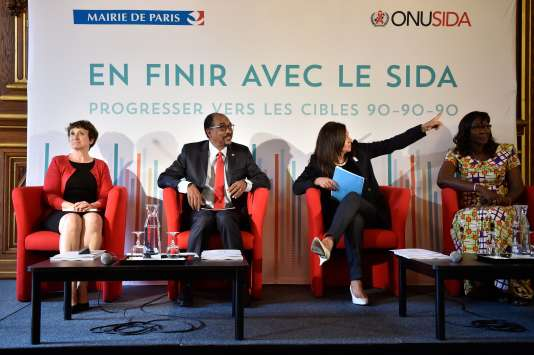 Conférence de presse présentant les dernières statistiques du Programme des Nations unies sur le sida (Onusida), à Paris, le 20 juillet.