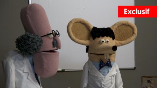 Le professeur Godin et son assistant M. Michel.