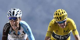 Le Français Romain Bardet (à gauche) et le Britannique Christopher Froome sur le Tour de France, le 20 juillet 2017.