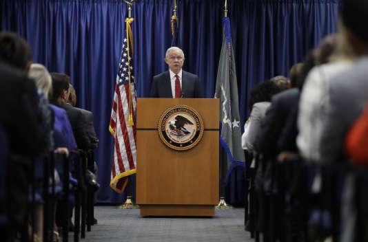 Le ministre de la justice américain Jeff Sessions à Philadelphie, le 21 juillet 2017.