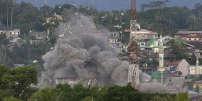 Des combats entre un groupe islamiste et l'armée, à Marawi, aux Philippines, le 9 juin.