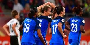 Le football féminin ne cesse de se développer en France.