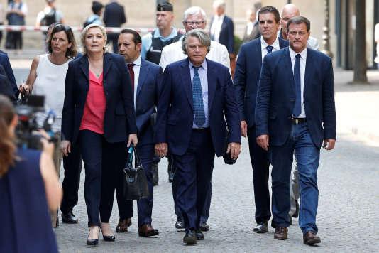 Réuni en séminaire, le Front national fait de la question des frontières sa priorité