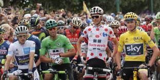 Le peloton du Tour de France s'est élancé depuis Montgeron dimanche pour la dernère étape.